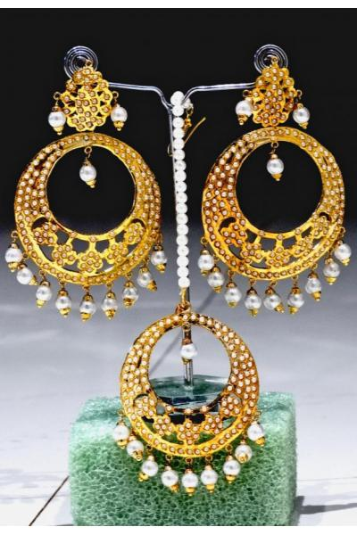 Bo'Bell Contemporary Flirty Multi Indian Fusion Earring Set/WHITE