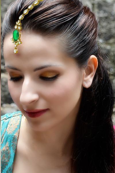 Bo'Bell Glamourous Green Kundan Maang Tikka/GREEN