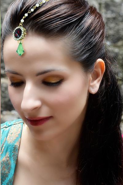 Bo'Bell Feminine Cute Indian Ethnic Maang Tikka/RED