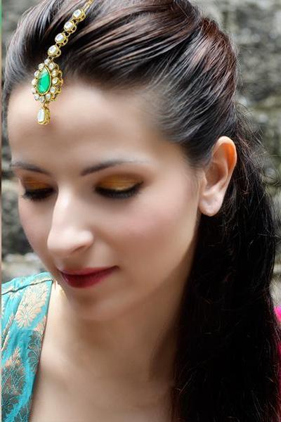 Bo'Bell Elegant Tear drop Indian Ethnic Maang Tikka/GREEN