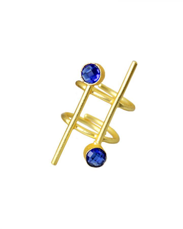 Amrin Twirl Ring