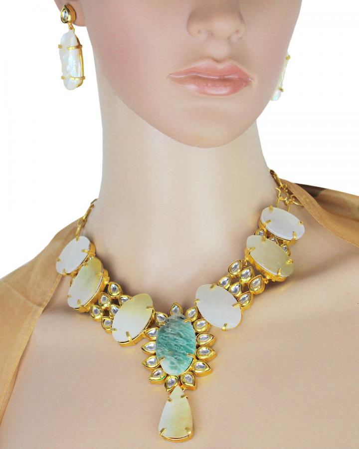 Zara Indie Story Necklace Set